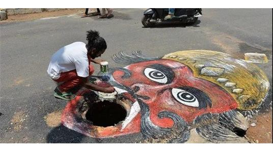 印度那些创作真相令人唏嘘的街头艺术