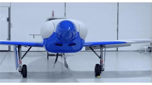 为了打破世界记录,劳斯莱斯造了一架飞机